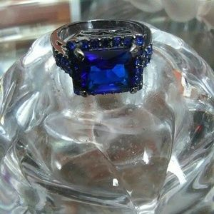 Jewelry - Sapphire 10K Black Gold Filled Women Cocktail Ring